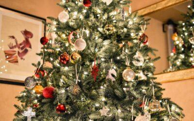 Pynt dit træ med det højt elskede Georg Jensen julepynt